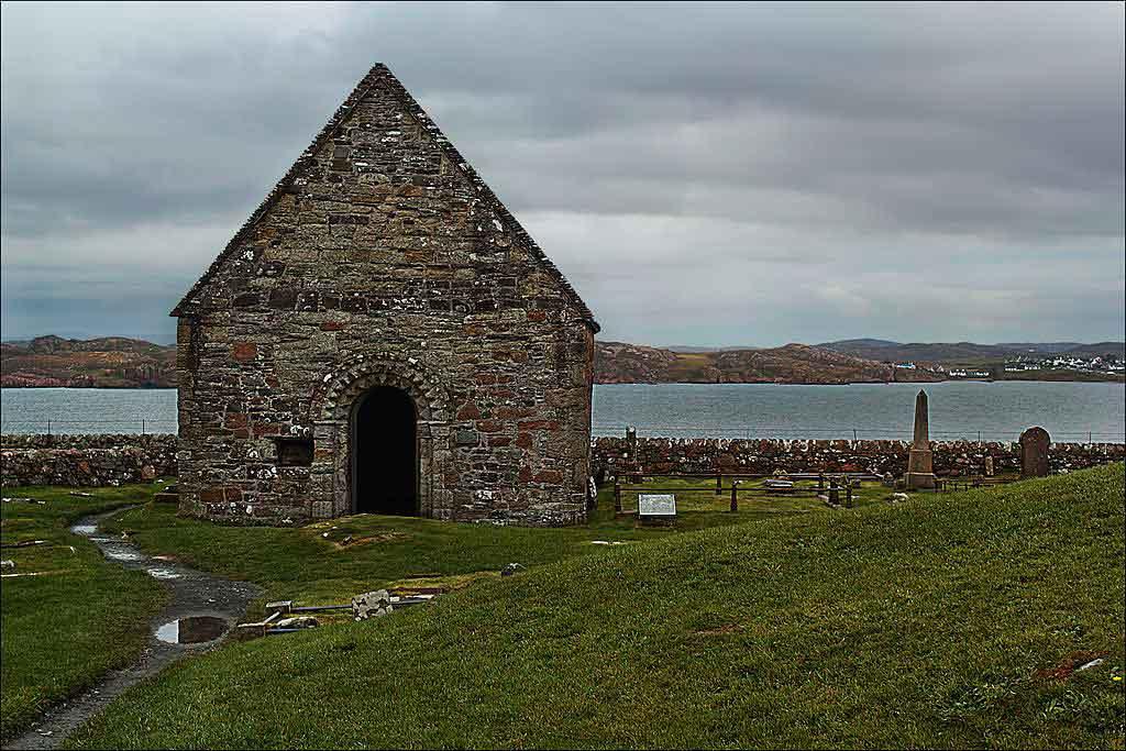 Was King Macbeth buried on Iona>