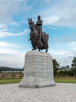 Bannockburn memorial to Robert the Bruce